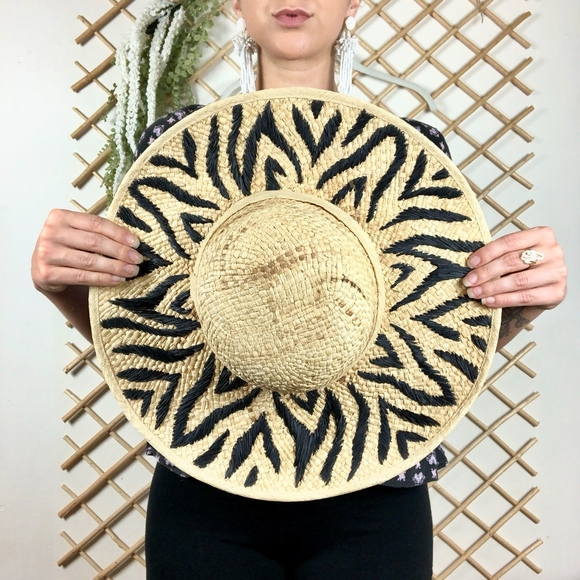 Liz Claiborne Accessories - Printed Woven Wide Brim Tan Black Sun Hat
